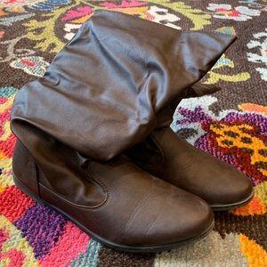 Charles Albert Short Brown Boots